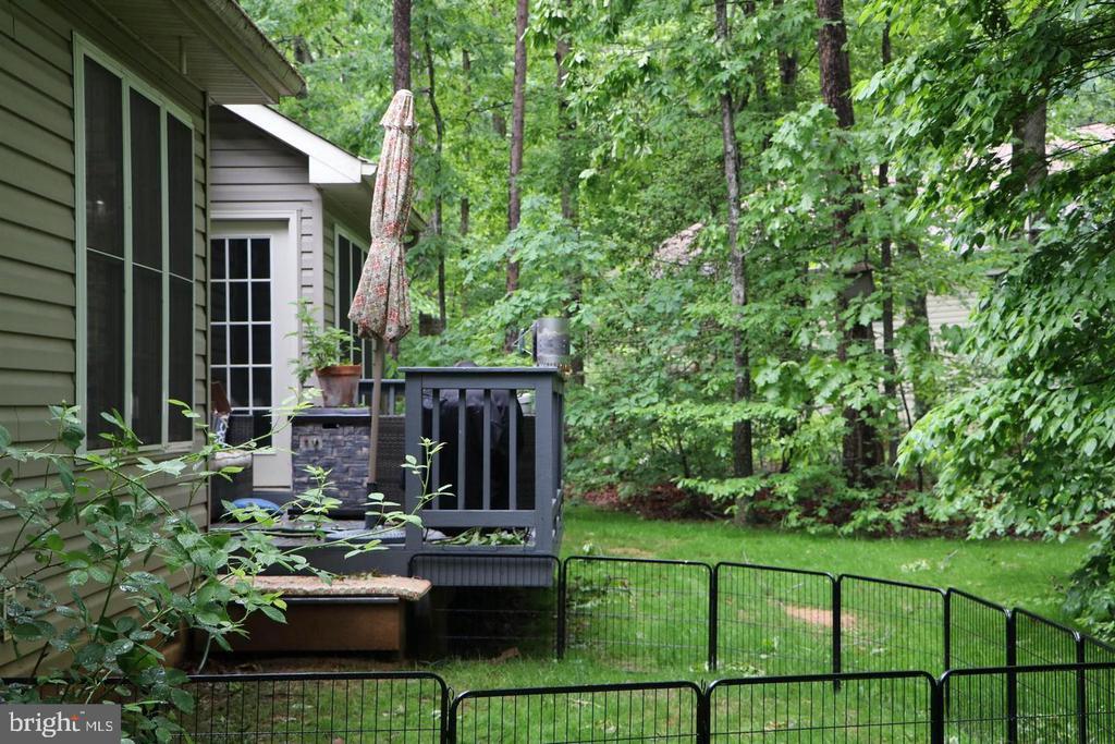 Backyard in Spring - 403 WESTOVER PKWY, LOCUST GROVE