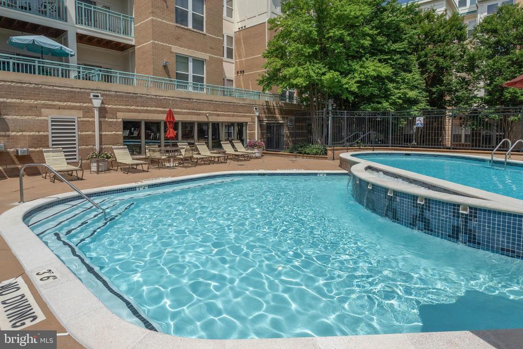 Pool - 12001 MARKET ST #150, RESTON