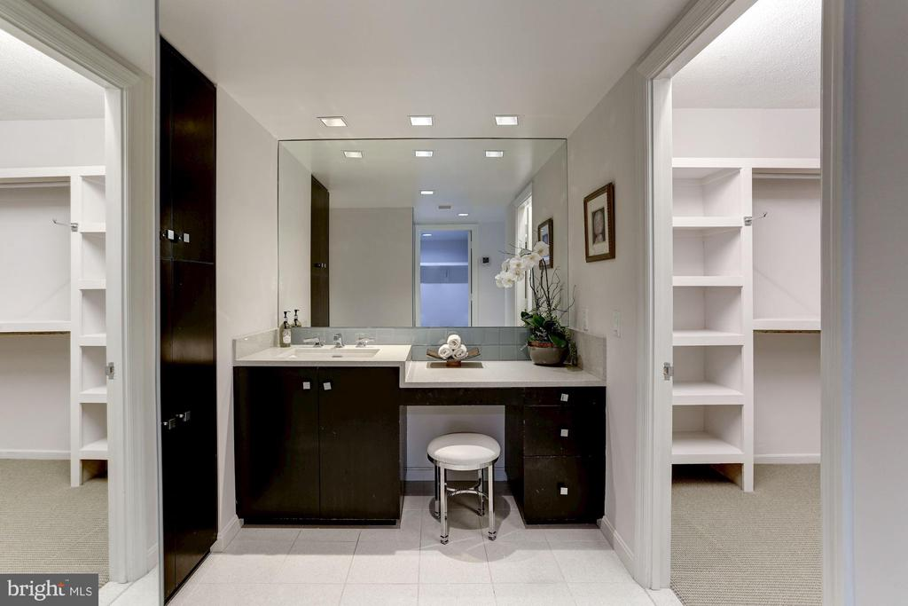 Vanity with His and Her Walk-in Closets - 1015 33RD ST NW #702, WASHINGTON