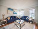 Living Room - 43075 BARONS ST, CHANTILLY