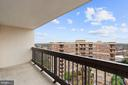 Private Terrace with Panoramic Views - 3800 FAIRFAX DR #1014, ARLINGTON