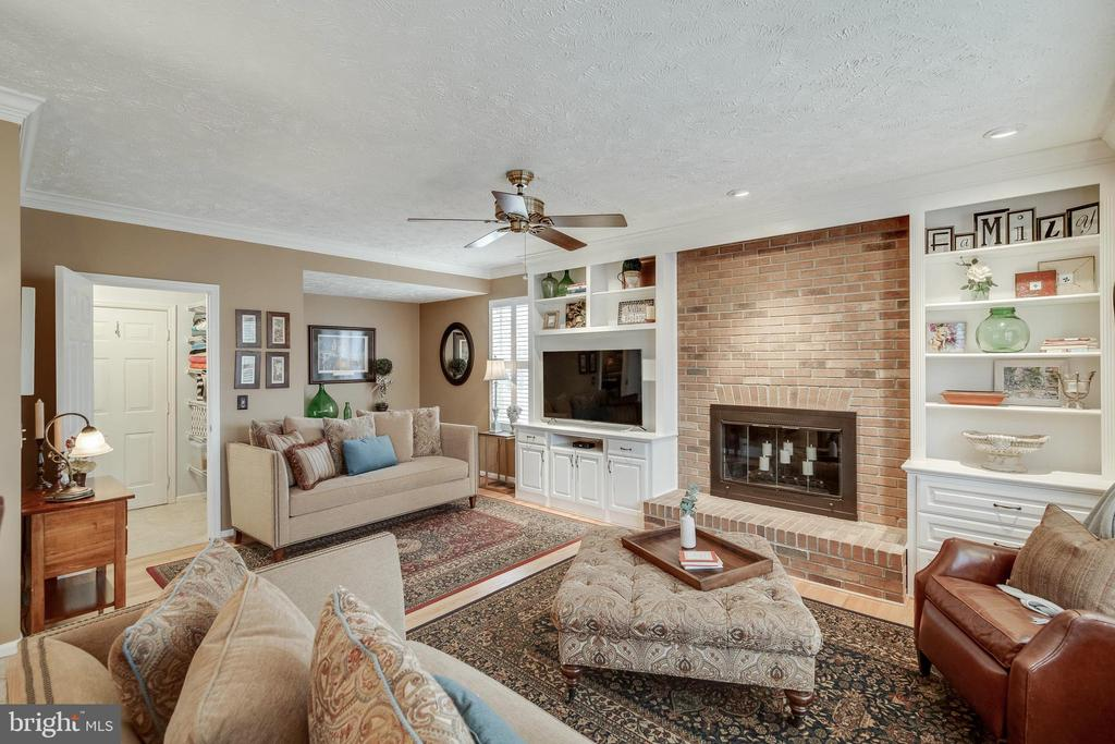 Family Room - 16731 TINTAGEL CT, DUMFRIES