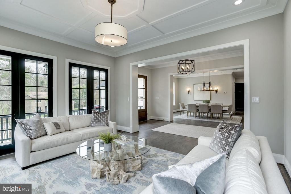Living room w/ French doors to front porch - 1916 RHODE ISLAND AVE, MCLEAN