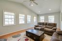 Tons of Light! - 4713 TALLAHASSEE AVE, ROCKVILLE