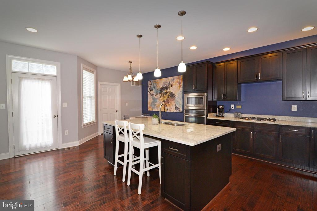Broader  view  of Kitchen - 22988 CHERTSEY ST, ASHBURN