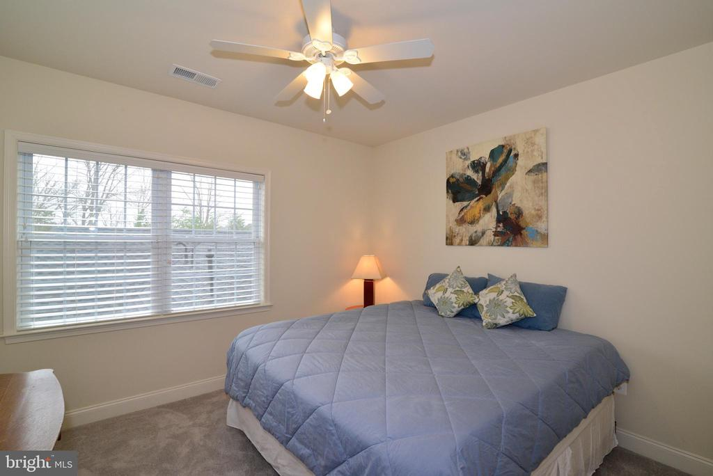 Bedroom 1 with Ceiling Fan - 22988 CHERTSEY ST, ASHBURN