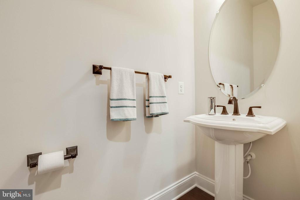 Main Level Half Bath #1 - 23219 LUNAR HARVEST LN, ALDIE