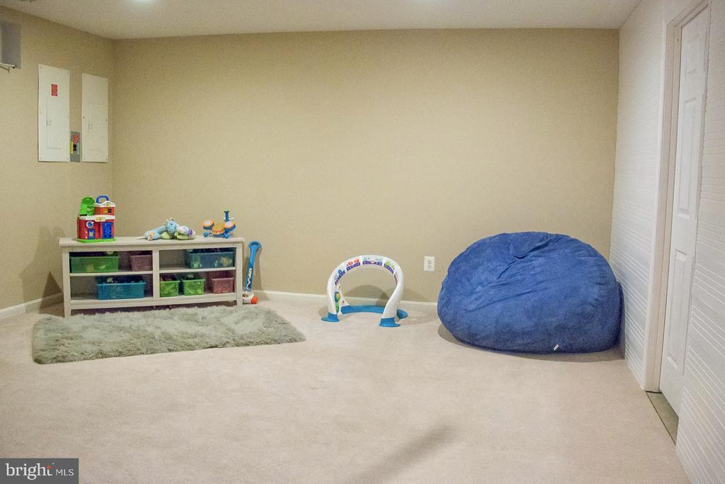 bonus recreation room - 9 JENNIFER LYNNE DR, KNOXVILLE