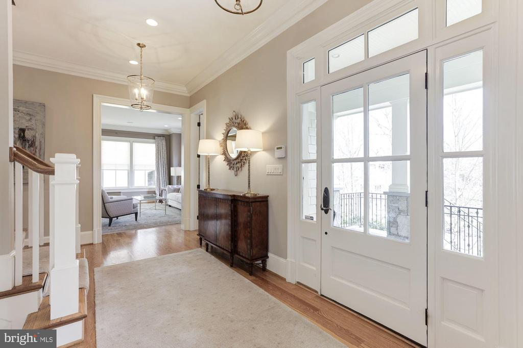 Sunny Foyer -  Hardwood Floors  on Main & Upper - 2330 N VERMONT ST, ARLINGTON