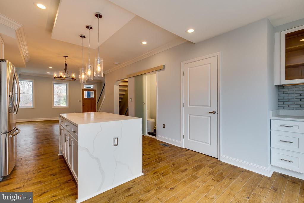 Recessed Lighting and Modern Light Fixtures - 1215 TRINIDAD AVE NE, WASHINGTON