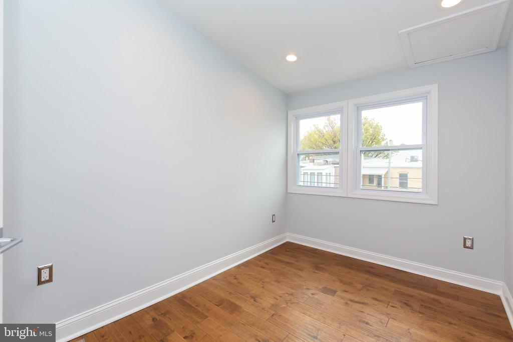 Bedroom - 1215 TRINIDAD AVE NE, WASHINGTON
