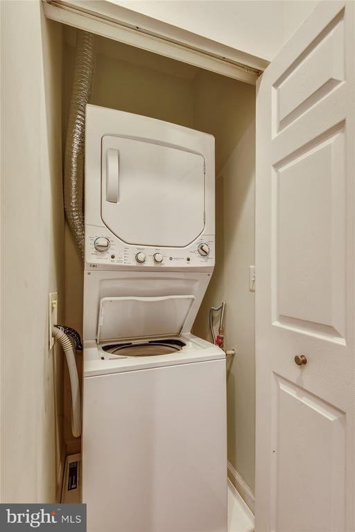 New washer and dryer - 1321 N ADAMS CT #308, ARLINGTON