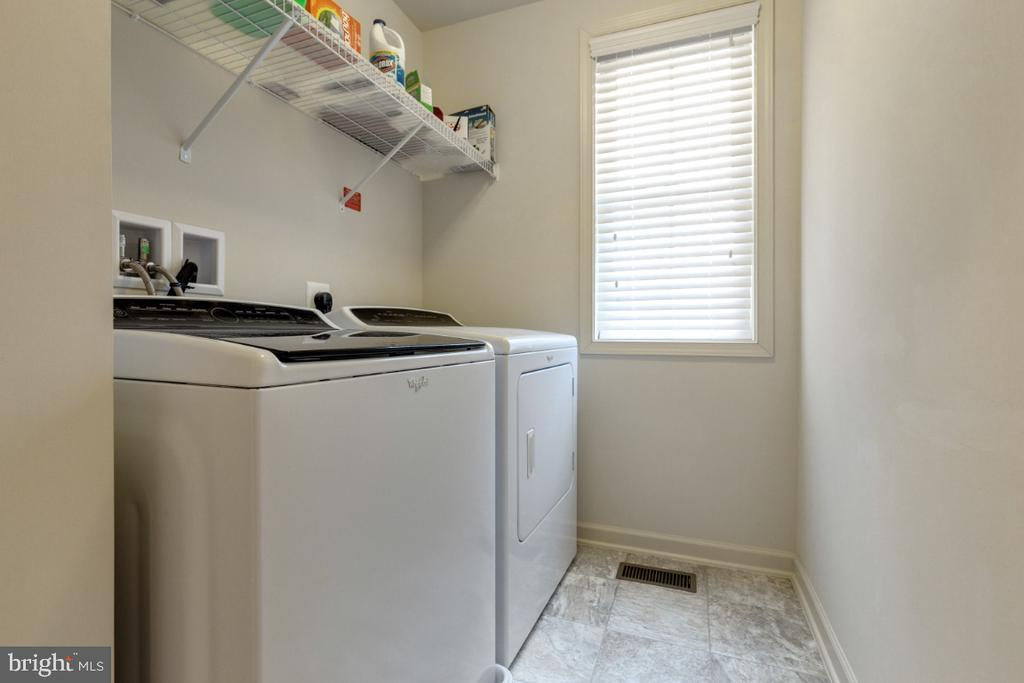 Bedroom Level Laundry Room - 23578 PROSPERITY RIDGE PL, BRAMBLETON