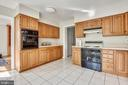 Kitchen - 1540 LIVE OAK DR, SILVER SPRING