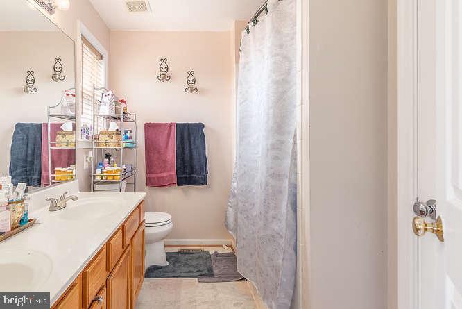 Bathroom 2 - 26 INDIAN WOOD LN, FREDERICKSBURG