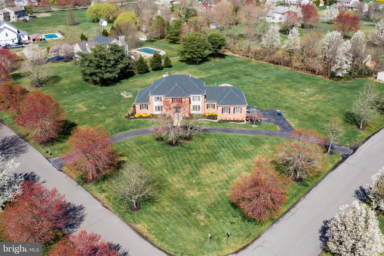 Single Family Homes 为 销售 在 Southampton, 新泽西州 08088 美国