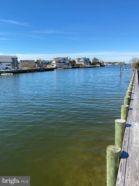 332 CRANBERRY - LONG BEACH TOWNSHIP