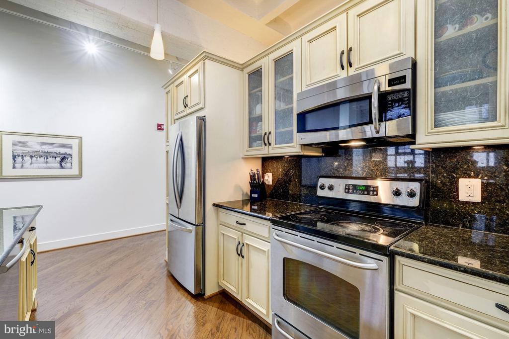 All electric stainless steel appliances - 1701 KALORAMA RD NW #206, WASHINGTON