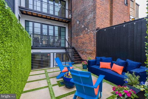 1313 R ST NW #1