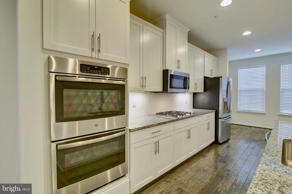 Stainless Steel appliances - 43400 THREE FORKS TER, ASHBURN