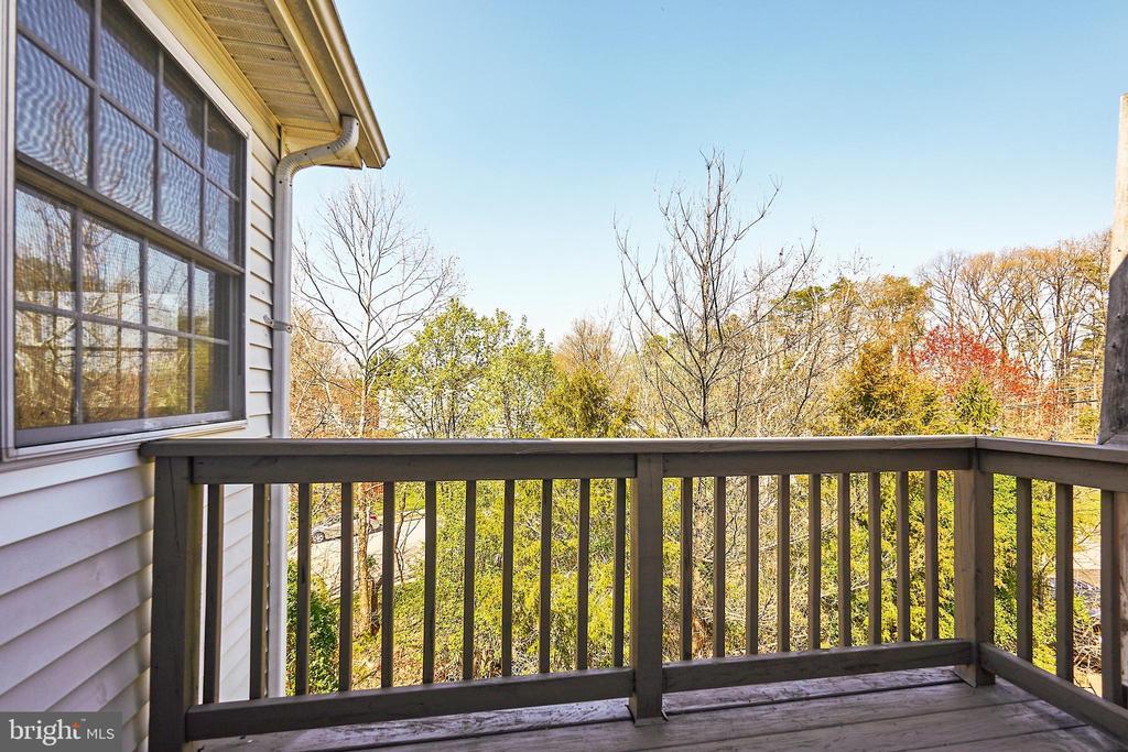 Rear deck off master bedroom - 8932 ATATURK WAY, LORTON