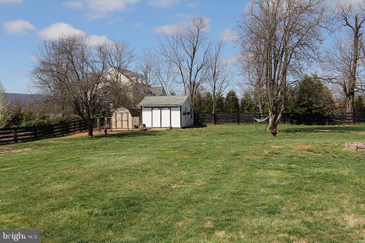 Backyard of home - 11833 PURCELL RD, LOVETTSVILLE