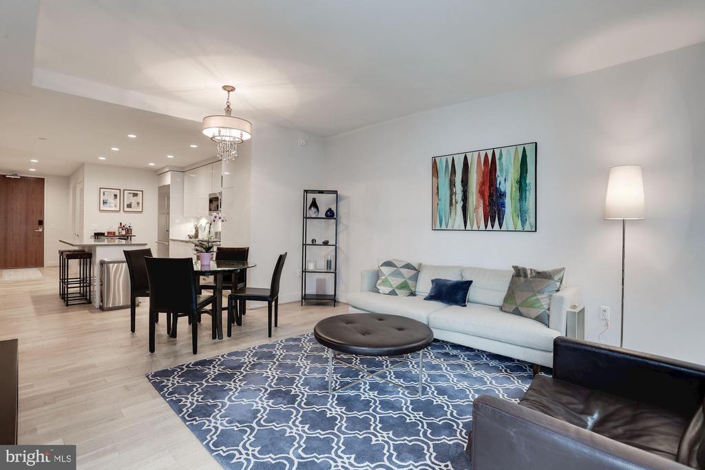 Great room & flow - 45 SUTTON SQ SW #704, WASHINGTON