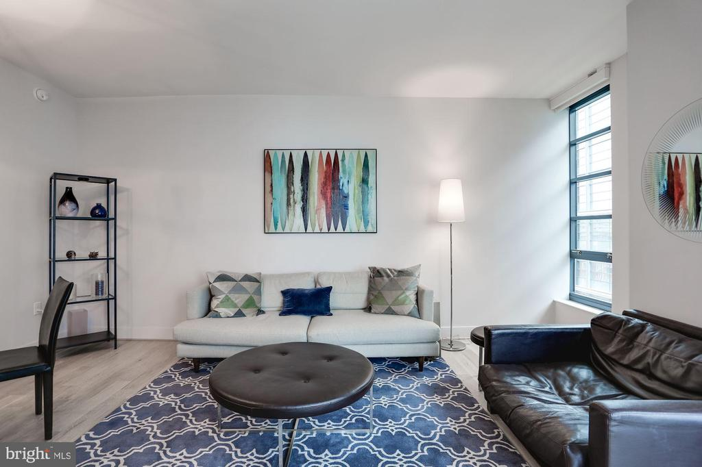 Comfortable & spacious - 45 SUTTON SQ SW #704, WASHINGTON