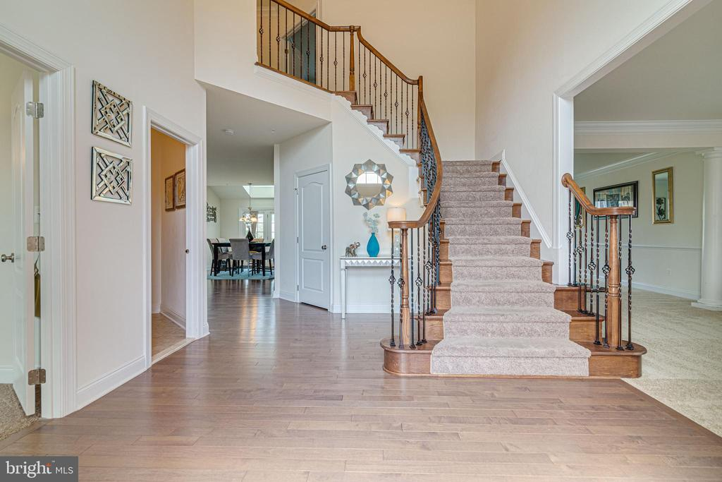 Foyer - 4507 BRIDLE RIDGE RD, UPPER MARLBORO