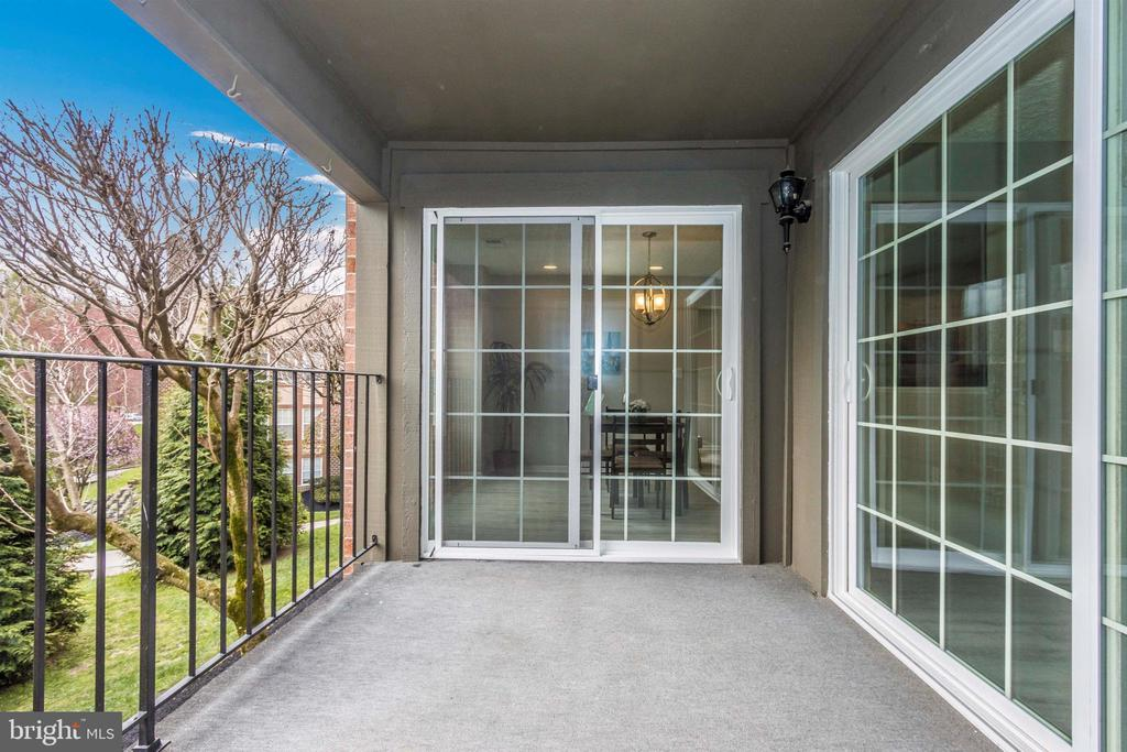 Balcony - 6929 CLEARWIND CT #B, BALTIMORE