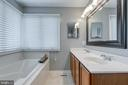 Master Bathroom with Garden Tub - 5 EMERSON CT, STAFFORD