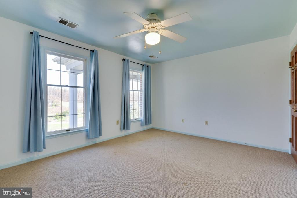 all upper level bedrooms are generously sized - 6325 S OSBORNE RD, UPPER MARLBORO