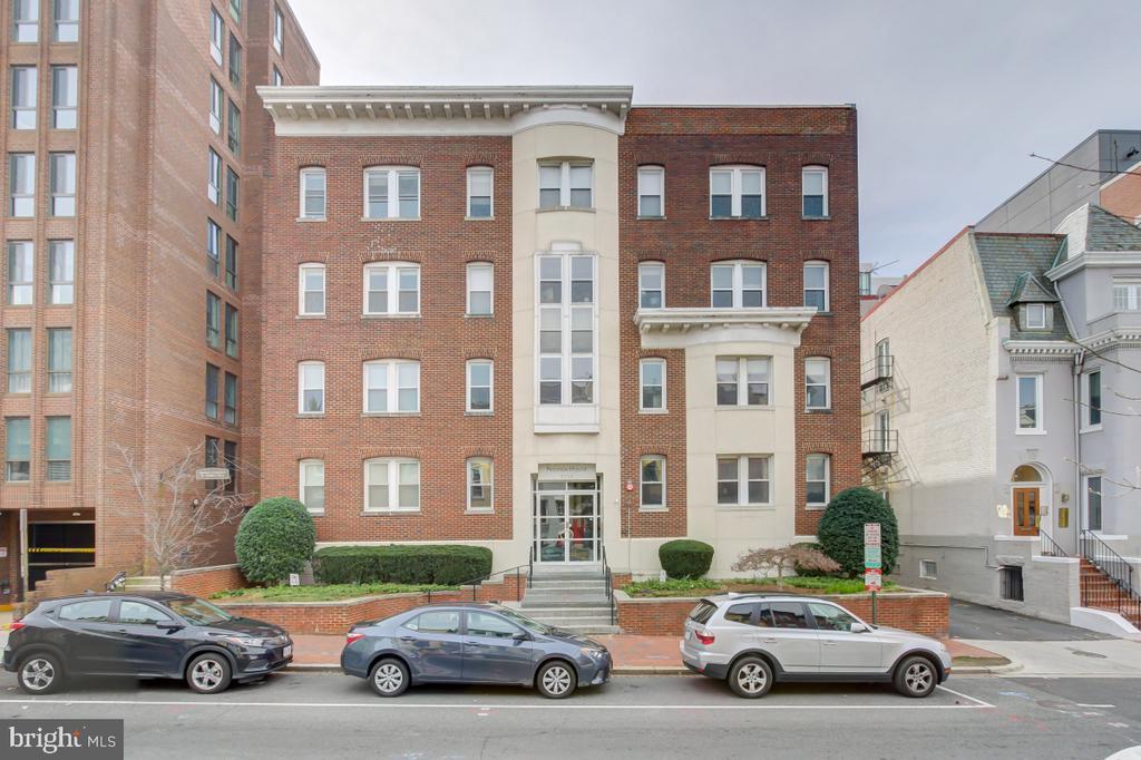 Decently sized building - 2114 N ST NW #21, WASHINGTON