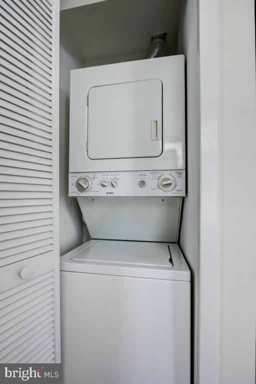 Stacked washer dryer - 2114 N ST NW #21, WASHINGTON
