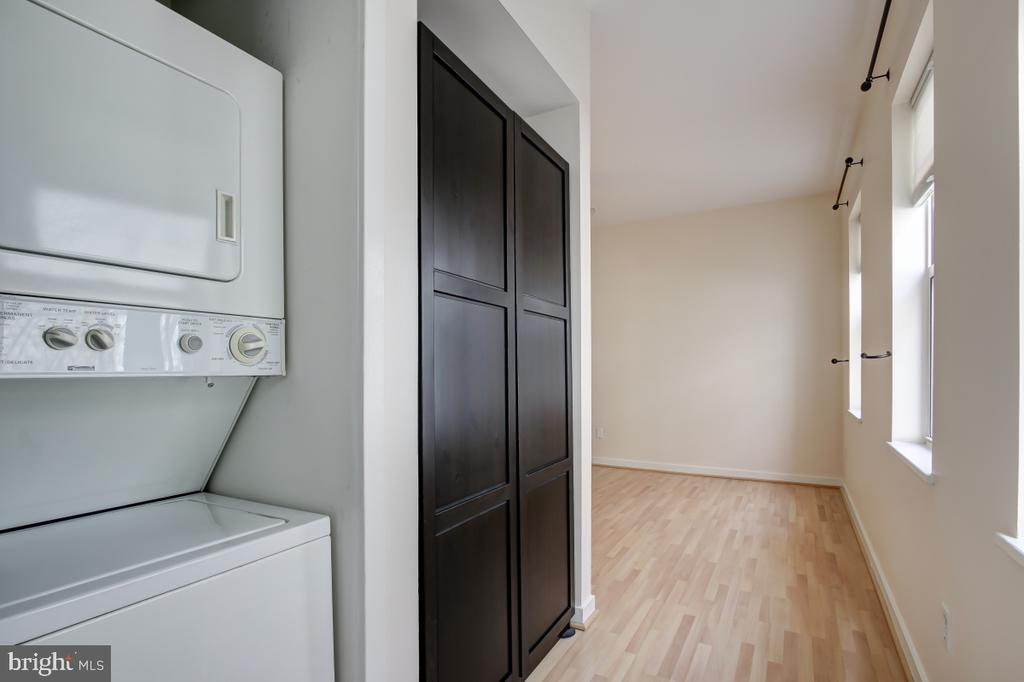 Washer / Dryer in unit - 2114 N ST NW #21, WASHINGTON