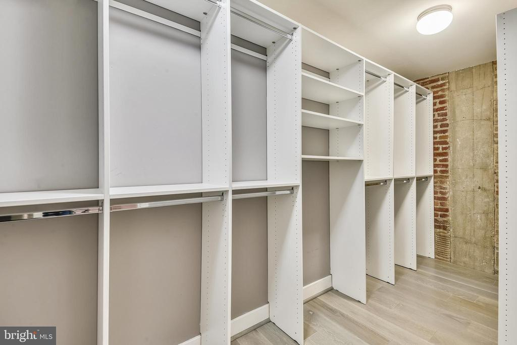 Walk-In Closet - 1701 KALORAMA RD NW #314, WASHINGTON