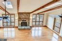 Great room flooded with natural light - 41635 STUMPTOWN RD, LEESBURG