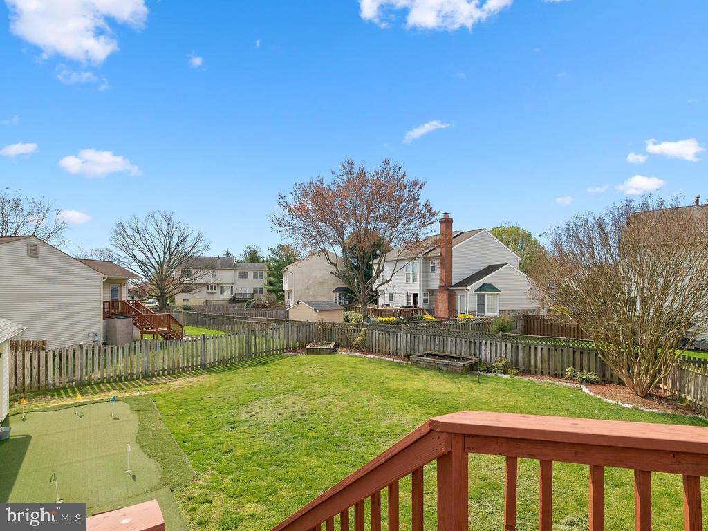 Flat fenced back yard - 13348 JASPER CT, FAIRFAX