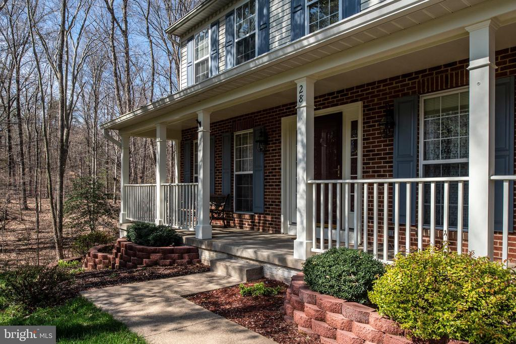 Welcoming front walk up to your new home - 28 FIREBERRY BLVD, STAFFORD