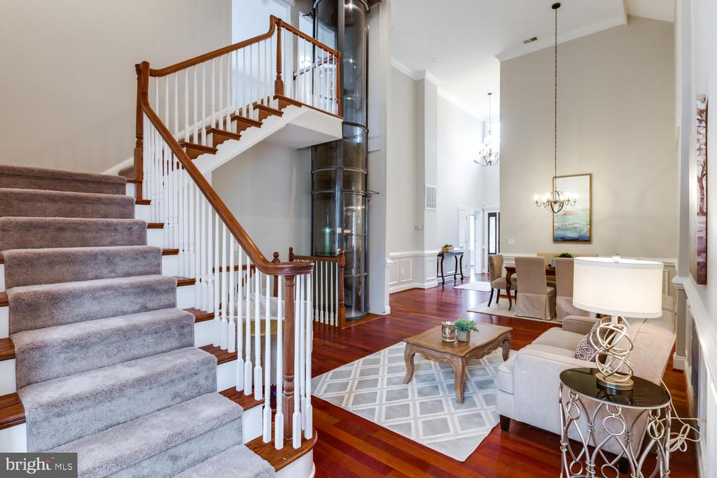 Take the stairs or your elevator - 8012 BAINBRIDGE RD, ALEXANDRIA