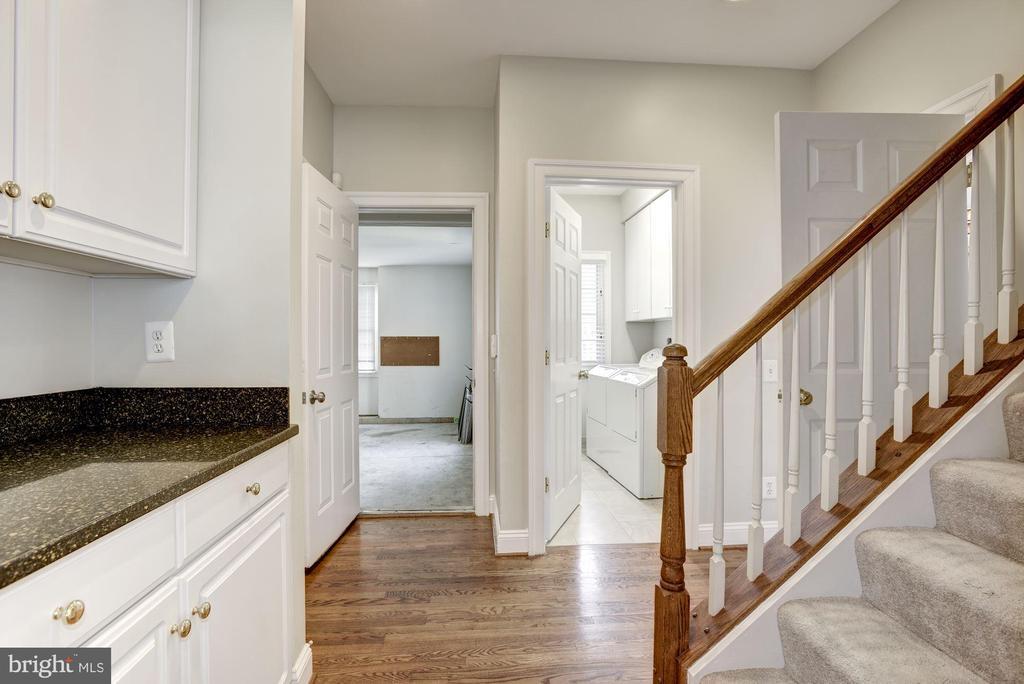 Rear Staircase/Garage Entrance - 1423 MAYHURST BLVD, MCLEAN