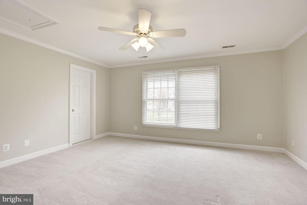 Second Bedroom - 1423 MAYHURST BLVD, MCLEAN