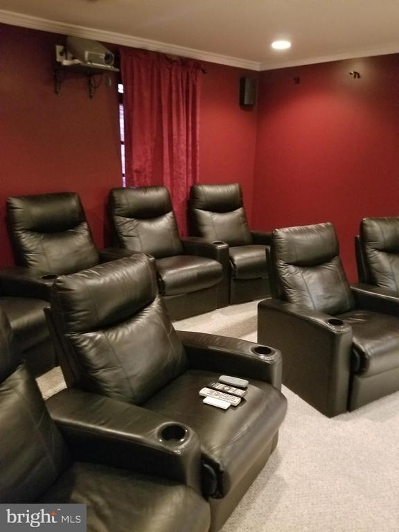 Have a Movie Night. - 21 SLATE DR, FREDERICKSBURG