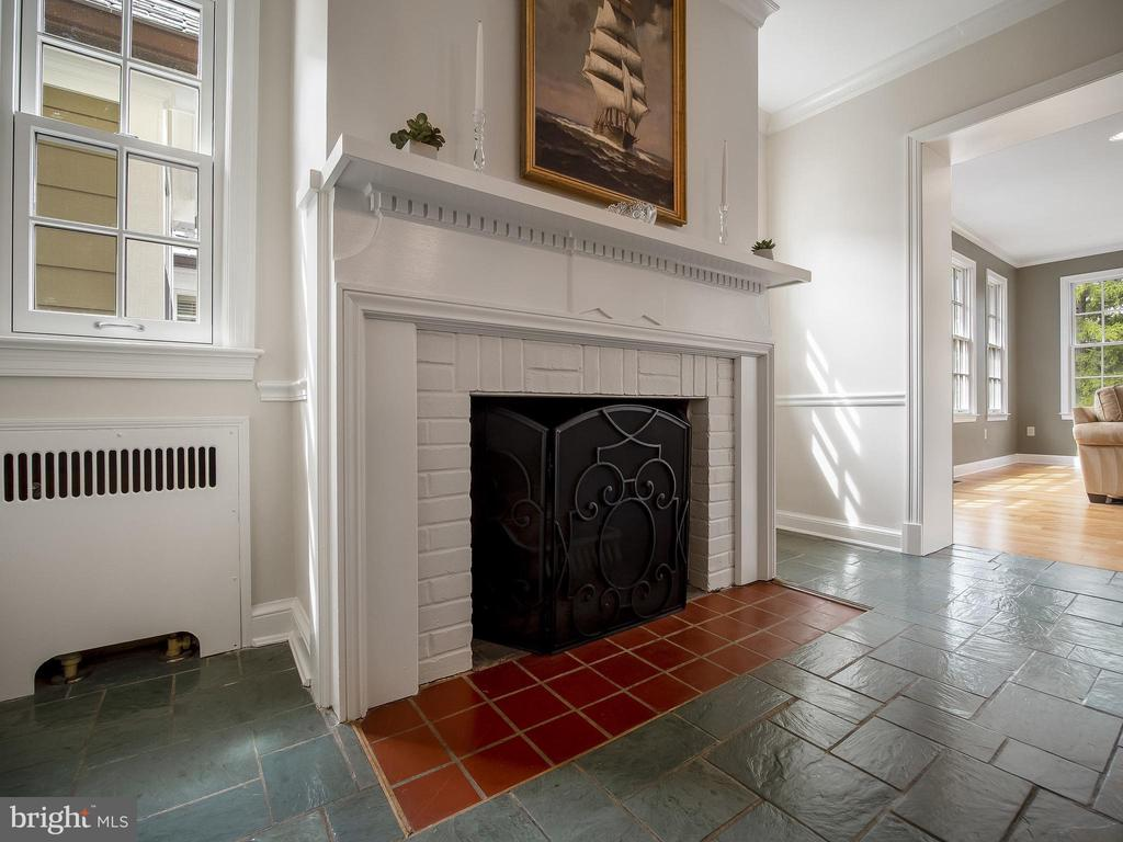 with wood-burning fireplace - 915 MCCENEY AVE, SILVER SPRING