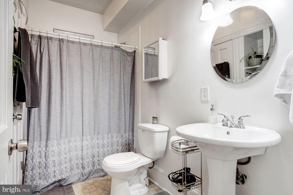 Apt 2 - Bathroom 1 - 1330 IRVING ST NW, WASHINGTON