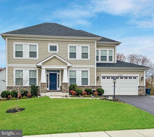 17907 BLISS DR