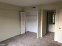 2nd Master Bedroom w. ensuite Bath - 1300 ARMY NAVY DR #1012, ARLINGTON