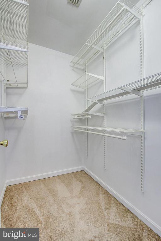 Master Bedroom Walk-in Closet - 20353 MILL POND TER, GERMANTOWN