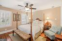 Charming second bedroom - 320 N PATRICK ST, ALEXANDRIA