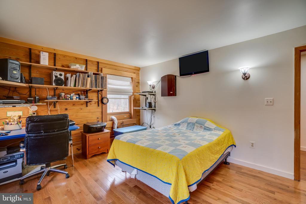 Bedroom 2 - 9512 TODDS TAVERN DR, SPOTSYLVANIA